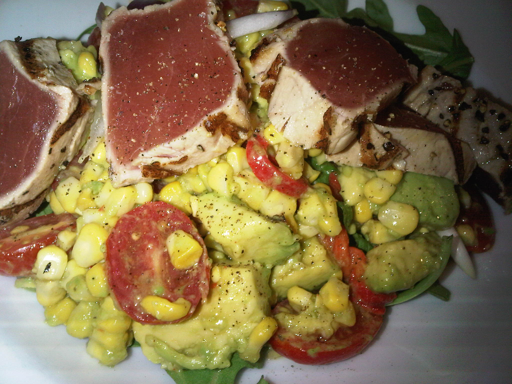 Aug 13 Brunch... Tuna with Avocado, Corn & Arugula